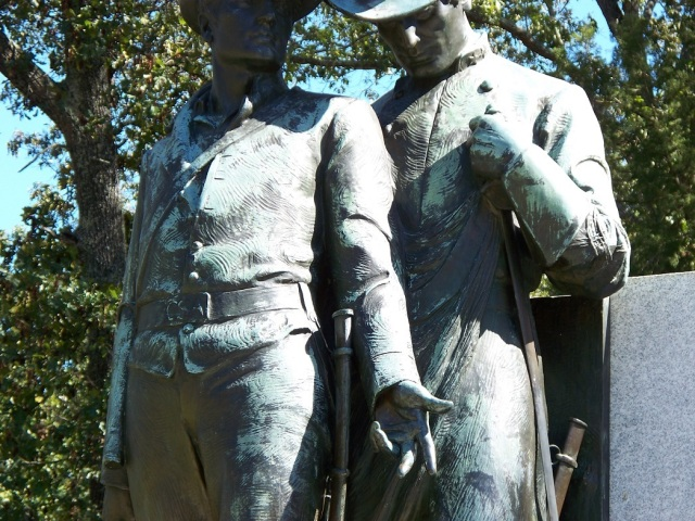 Conferate soldiers on Shiloh Memorial